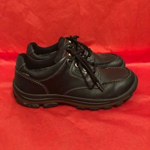 Keen waterproof hiking shoes boots black size 11
